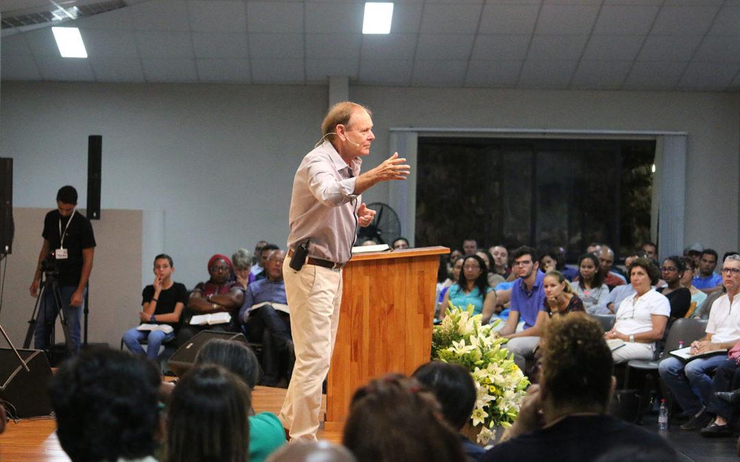 Visite du pasteur Miki Hardy (Juin 2017)